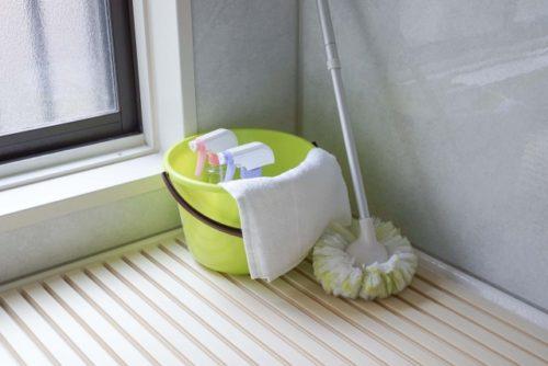 浴室のカビを撃退したいなら裏技あり!熱湯も有効とお墨付だが実行性に乏しい